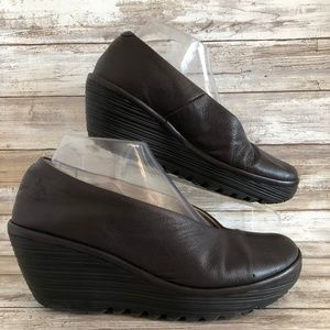 Fly London Yaz Brown Leather Wedge Pumps Loafer.